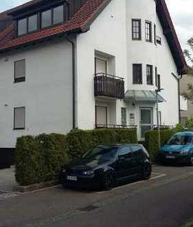 Ideal für Pendler stilvolle, gepflegte 1-Zimmer-Erdgeschosswohnung mit Balkon in Fellbach