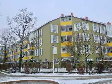 NEUHAUSEN! Gut vermietete 2-Zimmer-Wohnung im Dantepark mit Südbalkon in U-Bahn-Nähe!