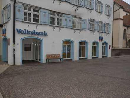 Zentraler, schwellenfreier Laden direkt am Marktplatz in Biberach