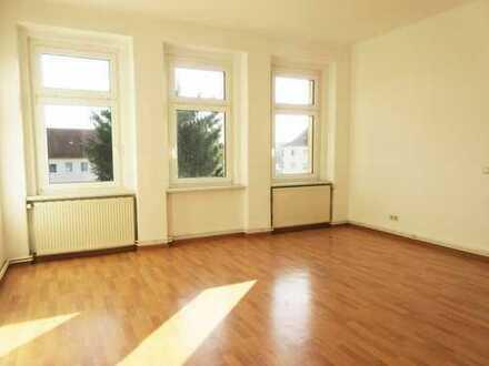 Geräumige 4- Raum Wohnung im Erdgeschoss