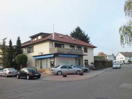 Kapitalanlage mit 5% Rendite - gemütliche 3 Zimmer Dachgeschosswohnung in TOP Lage