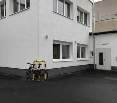 Lager 116,80 m² und 2 Büroräume á 30 m² ab 01.04.2019 frei