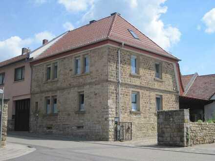 Rheinhessisches Bauernhaus mit kleinem Innenhof