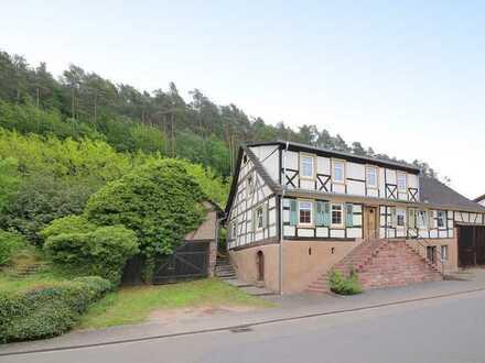Stilvolles Wohnen im historischen, ehemaligen Schulhaus
