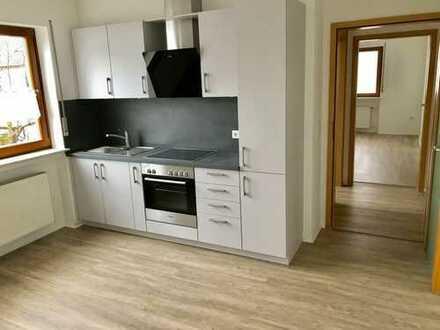 Erstbezug nach Sanierung: exklusive 1-Zimmer-Wohnung mit Einbauküche in Mainaschaff