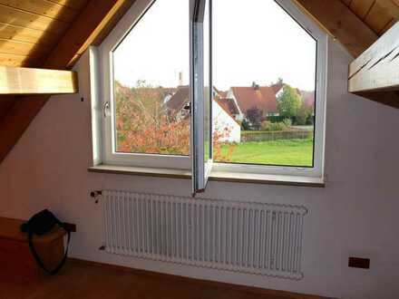 WG-Zimmer bei älterem Ehepaar, Doppelhaushälfte in Neu-Ulm Burlafingen
