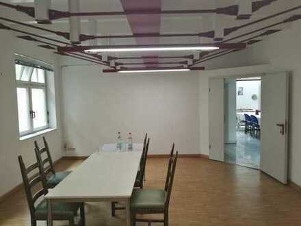 Schönes Büro 35 m² in 93053 Regensburg zu vermieten