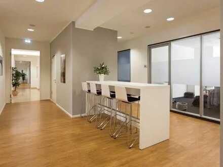 Lichtdurchflutetes Büro mit einzigartigem Empfangsbereich in modernem Design!