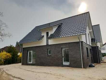 Neu erbaute Reihenmittelhaushälfte im Herzen von Burgdorf!!!