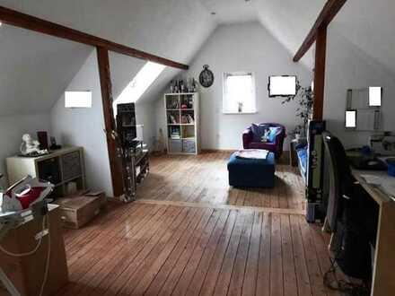 Bezauberndes Häuschen mit einem großen Innenhof