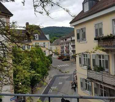 Stadtmitte Baden-Baden, helle 3-Zimmer Wohnung