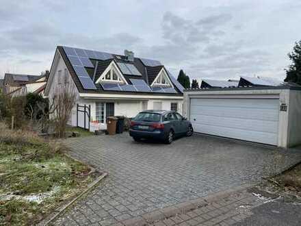 Schönes Haus mit sechs Zimmern in Ludwigsburg (Kreis), Markgröningen