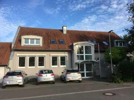 Sonnige Büro-/Praxisfläche/Schulungsräume in Walsheim - provisionsfrei, ab sofort