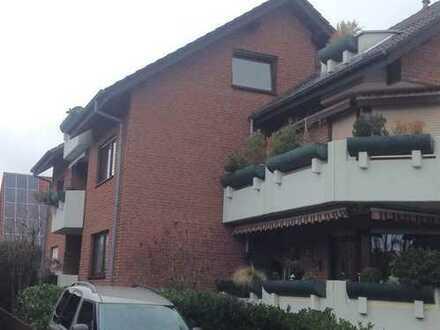 Sanierte 3-Zimmer-DG-Wohnung mit Balkon in Bad Lippspringe
