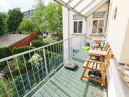 Große 3Zi-Wohnung auf dem Schloßberg mit Luxus-EBK, großem Südwest-Balkon. Jugendstil.