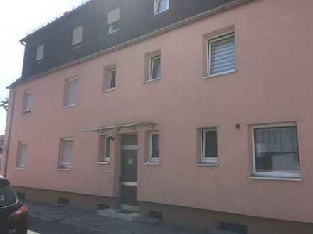 Gepflegte 3-Zimmer-Wohnung mit Balkon und Einbauküche in Lustadt