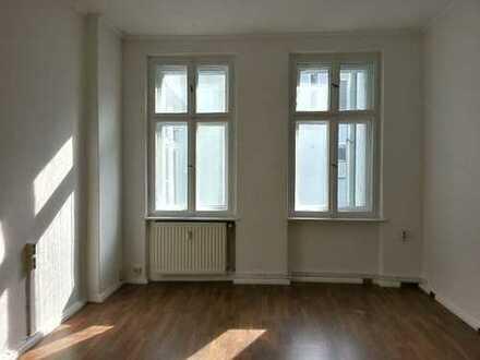 Prenzlauer Allee - schönes Singleapartment - 36 m² - 579 € warm