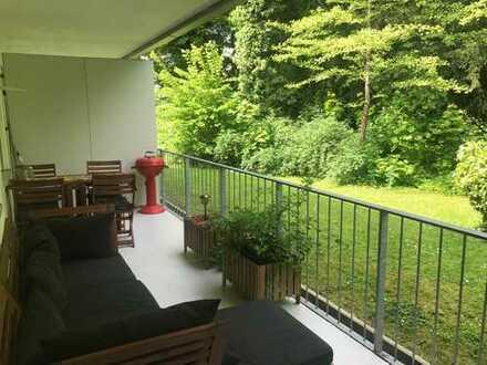 Sehr gut geschnittene 1 Zimmer Wohnung mit Balkon in ruhiger Lage zum Garten