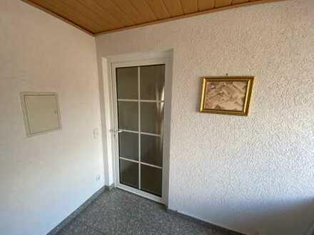 schöne 4-5 Zimmer Wohnung in Stockstadt WG geeignet