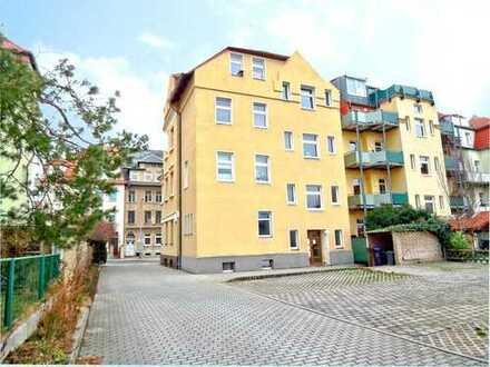 Moderne 2-Raum-Erdgeschoss-Wohnung mit Erker - PKW-Stellplätze - in Bautzen