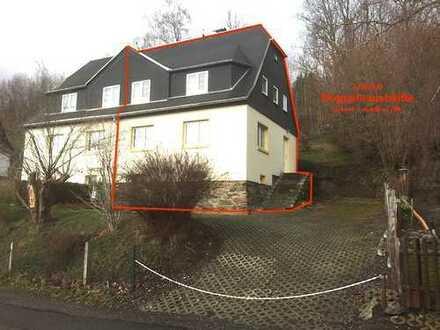 Doppelhaushälfte für 2- Personen- Haushalt mit 624m² Südhanggrundstück
