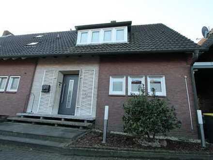 Renovierte Doppelhaushälfte - Wohnungseigentum - mit Garten in Südlage