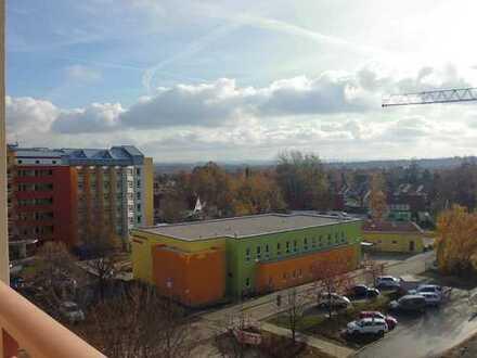 2 Zimmer mit Balkon und Außenring Friedeburg