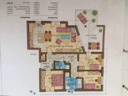 Schöne vier Zimmer Wohnung mit Dachterrasse in Eichenau