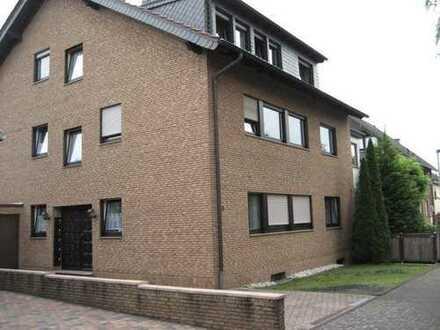 1-1/2 Zi.-Appartement in Bonn-Röttgen im 1.OG mit Küchenzeile und Fußbodenheizung !