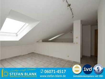 Gemütliche Dachgeschoss-Single-Wohnung in ruhiger Lage!