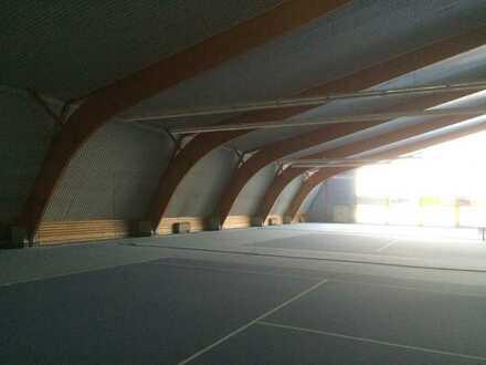 Lagerfläche, beheizt, mit Nebenräumen und Außenfläche, Nähe WOB zu vermieten