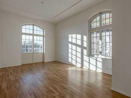 Ab sofort: große Räume | Tageslichtbad | Ankleide | Parkett | Balkon | Zweitbezug