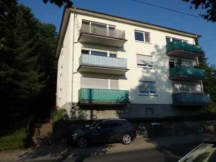 Sonnige 3- Zimmer- Wohnung mit Balkon in ruhiger zentraler Lage von 61476 Kronberg