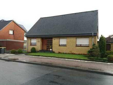 Verkauf gegen realistisches Höchstgebot: Ein-/Zweifamilienhaus in zentraler Lage von Neuenkirchen