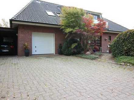 Gepflegtes Einfamilienhaus mit 2 Einliegerwohnungen in 25704 Epenwöhrden