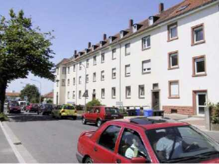 Schöne 2 ZKB Waisenhausstr. 8 in Pirmasens 85.01