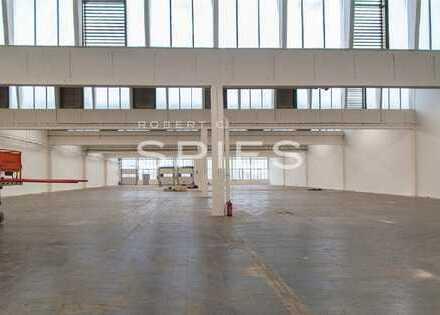 Ca. 2.413 m² große Hallenfläche im LLOYD INDUSTRIEPARK