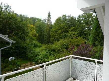 Großzügige moderne außergewöhnliche DG-Wohnung am Waldrand in Böblingen, Wohnen wie im eigenen Haus
