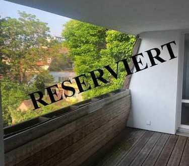 --RESERVIERT-- Wunderschöne 3-ZKB-Wohnung mit großem Sonnenbalkon in zentraler Lage Heidelbergs