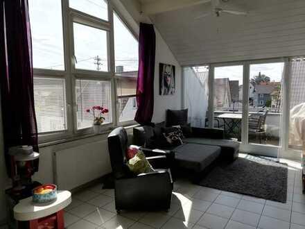 Schöne 4,5Zimmer-Dachgeschosswohnung mit Balkon in Neuhausen / Schellbronn