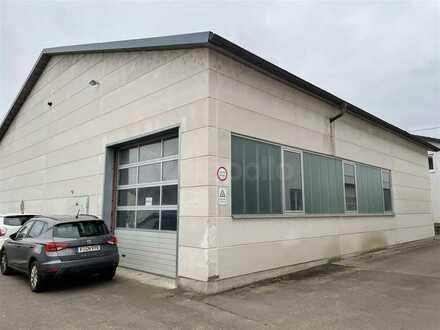 IM ALLEINAUFTRAG | ca. 1.000 m² Hallenfläche zu vermieten | kurzfristig verfügbar