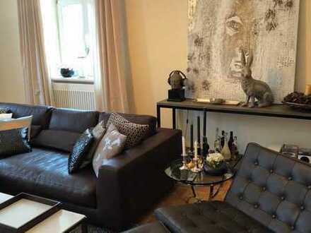 Wunderschöne luxuriöse 2-Zimmer-Wohnung m. Balkon u. EBK direkt am Kurpark in Bad Kissingen