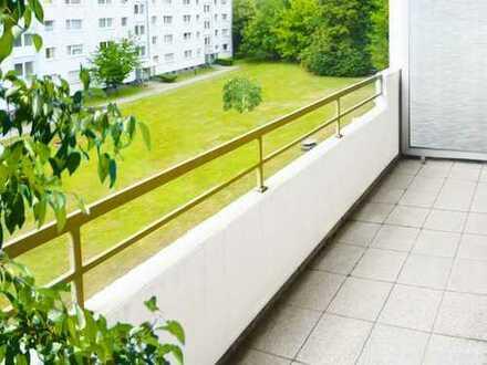 Ffm-Eschersheim: 3-Zimmer-Whg mit Parkett & Balkon - ruhige, grüne Wohnlage