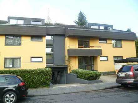 Großzügige 2 Zimmer-Dachgeschoß-Wohnung - 2 Balkone ! Ippendorf !