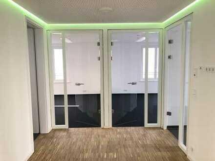 Moderne Büroetage mit 4 Büros in Trudering und Green Energie