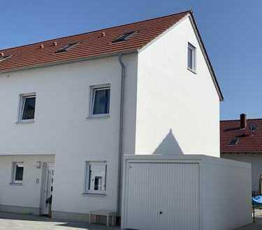 1.200 €, 120 m², 5 Zimmer
