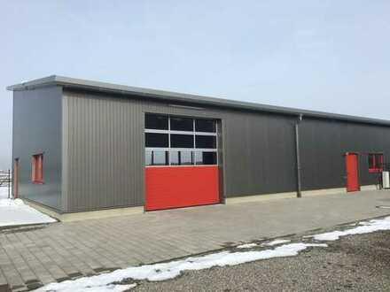 Neuwertige Gewerbehalle mit Büro beheizbar