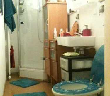 Vermiete helles möblierte Zimmer ca13qm