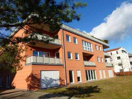 Bild_RESERVIERT! Luxuriöse 2-Zimmer-Wohnung mit Einbauküche, Terrasse, Fahrstuhl & Tiefgaragenstellplatz