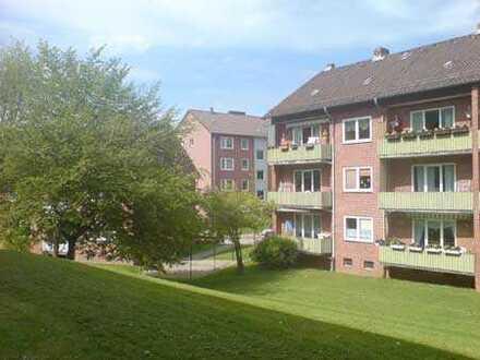 3-Zimmer-Wohnung in der Julius-Brecht-Str. mit Wannenbad+Balkon
